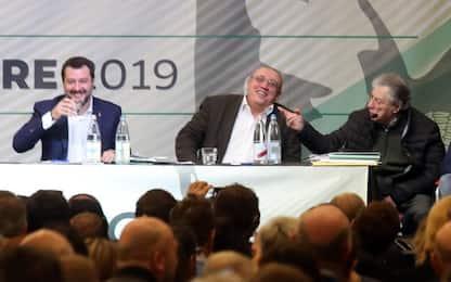 """Congresso Lega, Salvini: """"Autodenunciamoci tutti"""""""