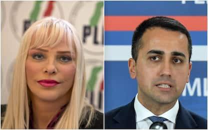 """Vitalizi, Cicciolina contro Di Maio: """"Da 3100 a mille euro al mese"""""""