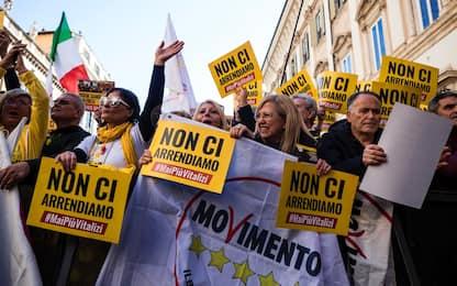 Vitalizi, manifestazione M5s: in migliaia a Roma. FOTO
