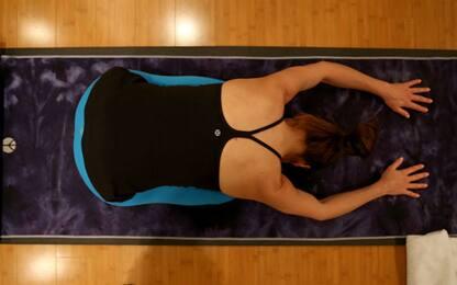 Mal di schiena? Lo yoga può aiutare. Ma solo per 3-6 mesi