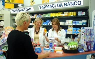 Fotogramma_Farmacia_farmaci_da_banco