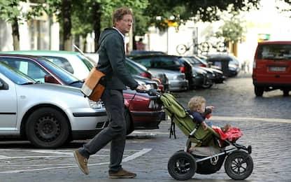 Inquinamento, passeggini coperti per proteggere i bambini dallo smog