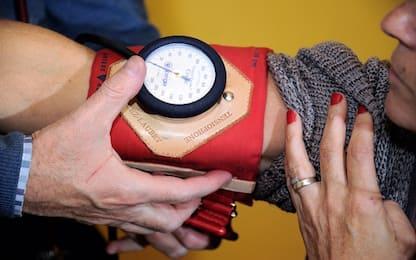 """Più rischio cardiovascolare con """"pressione diversa"""" nelle due braccia"""