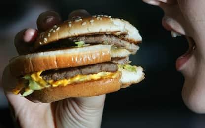 Stretta sul cibo spazzatura, proposte più tasse sul junk food