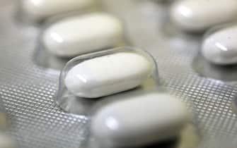 covid cura casa farmaci