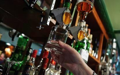 Alcol, avere un partner può frenare il consumo rischioso