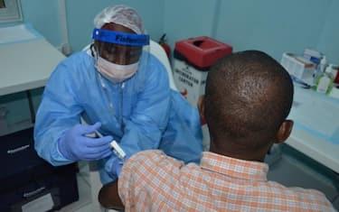 Ebola-Vaccino-CreditPREVAIL