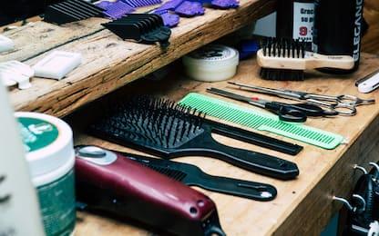 Come tagliare i capelli ad un uomo in casa