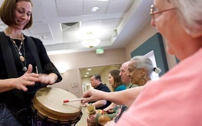 Bilinguismo e giochi possibili alleati contro la demenza senile