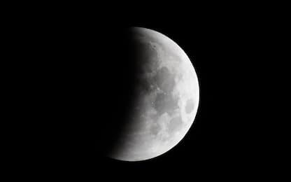 Eclissi totale: le fasi della Super Luna in un video