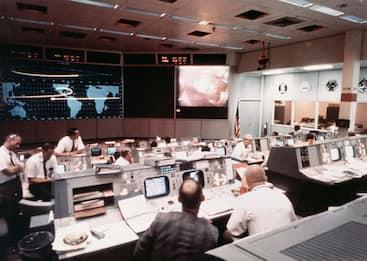 Nasa: addio a Chris Kraft, ex direttore di volo cruciale per Apollo 11