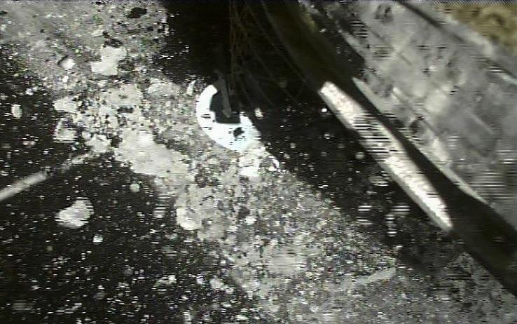 La sonda Hayabusa 2 sull'asteroide Ryugu