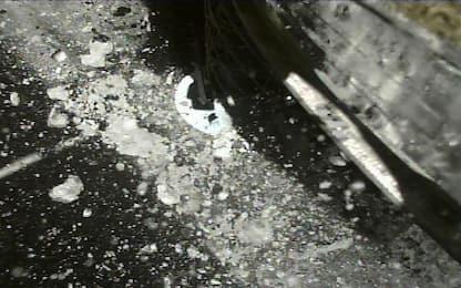 Hayabusa 2 'saluta' l'asteroide Ryugu e inizia il viaggio di ritorno