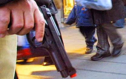 Catania, sequestrate 4 pistole e 135 munizioni in un seminterrato