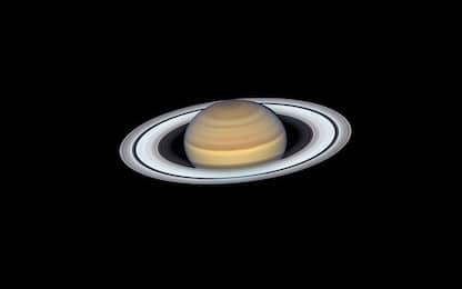 Saturno e i suoi anelli, nuove foto dal telescopio spaziale della Nasa