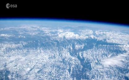 Detriti spaziali: l'Esa ha siglato un accordo per rimuoverli