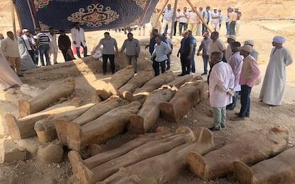 Egitto, scoperte 20 antiche bare vicino a Luxor
