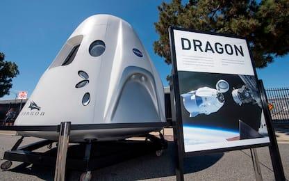 SpaceX, accordo per mandare turisti nello spazio nel 2021