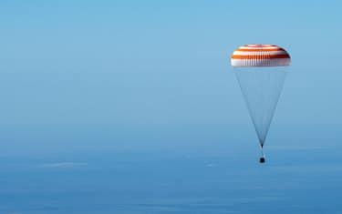 Fotogramma_Rientro_Soyuz_MS_15_HERO_ORIZZONTALE