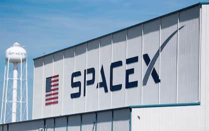 SpaceX porta in orbita altri 60 satelliti della costellazione Starlink