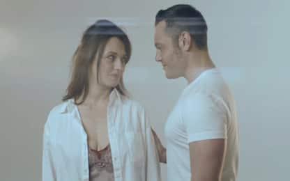 """""""Il conforto"""", ecco il nuovo video di Tiziano Ferro con Carmen Consoli"""