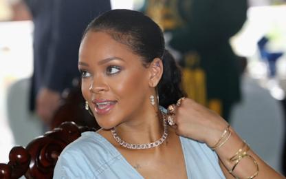 Harvard premia Rihanna per il suo impegno umanitario