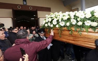 04_funerali_leone_fotogramma