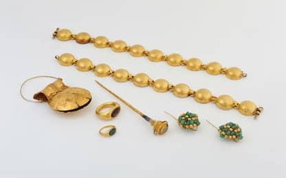 Ricettavano monili d'oro, due fermi a Galliate e Landiona