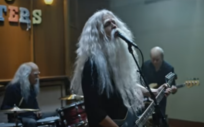 """""""Run"""", i Foo Fighters tornano con un video a sorpresa"""