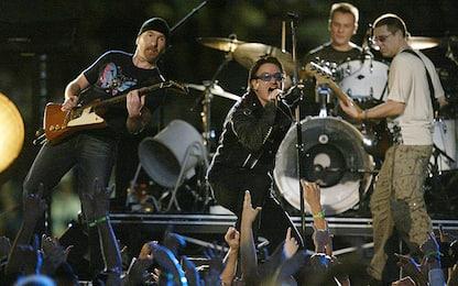 U2, i medici rassicurano: la voce di Bono tornerà presto. Tour è salvo
