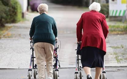 Potenza, epidemia colposa e 22 morti in casa per anziani, 2 arresti