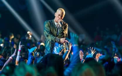 Sembrano spari, ma sono effetti sonori: critiche per Eminem