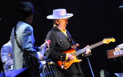 Auguri Bob Dylan, il menestrello di Duluth compie 77 anni