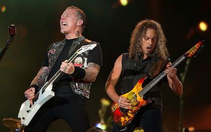I Metallica fanno tributo a Vasco Rossi durante il concerto a Torino