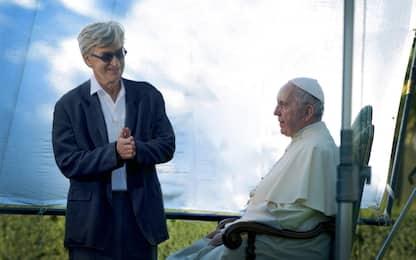 Papa Francesco nel film di Wim Wenders, diffuso il trailer