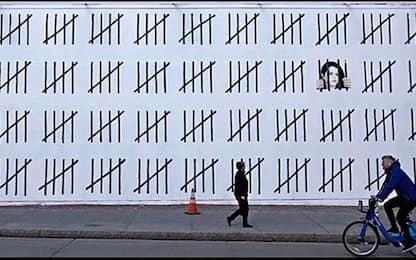 New York, il nuovo murale di Banksy dedicato a un'artista curda