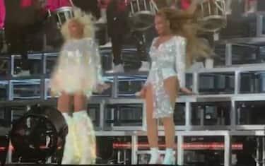 Foto_Facebook_Beyonce_Solange_Coachella