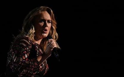 Adele è la star dai 30 anni in giù più ricca del Regno Unito