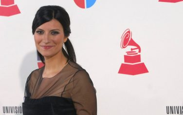Laura_Pausini_GettyImages-77823365