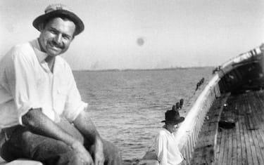 Fotogramma_Ernest_Hemingway