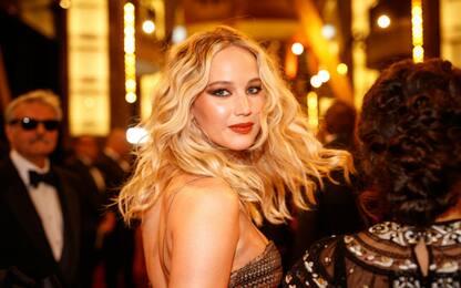 Ruba e pubblica foto di Jennifer Lawrence nuda: condannato a 8 mesi