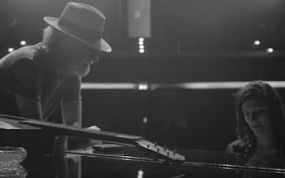 """""""Quelli che restano"""", il duetto di Elisa e Francesco De Gregori. VIDEO"""