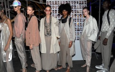1Agenzia_Fotogramma_sfilata-armani-linate-milano-fashion-week-2018-foto