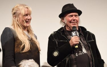 daryl_hannah_neil_young_getty
