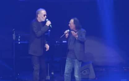 """De Gregori al concerto di Venditti, applausi per """"Roma capoccia"""""""