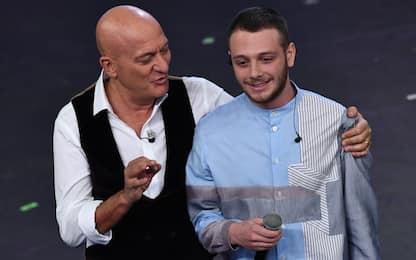 Sanremo 2019, Anastasio a sorpresa sul palco con la canzone 'Correre'