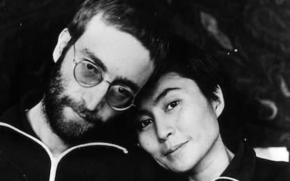 Tutti i segreti della storia tra John Lennon e Yoko Ono