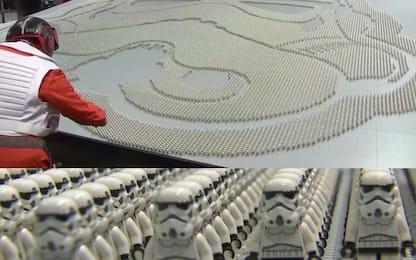 Star Wars, installazione da record con le statuine Stormtrooper. VIDEO