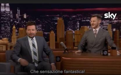 """Jimmy Fallon a Cattelan: """"È fantastico conoscere me stesso"""". VIDEO"""