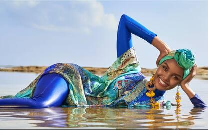 Halima Aden, con hijab e burkini su Sports Illustrated